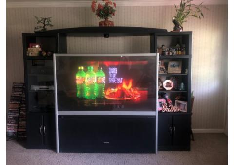 Tv with entertainment center