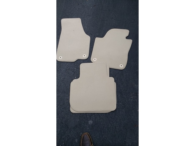 Hunterdon Buy Sell Trade >> Carpet Floor Mats For Vw In Flemington Hunterdon County